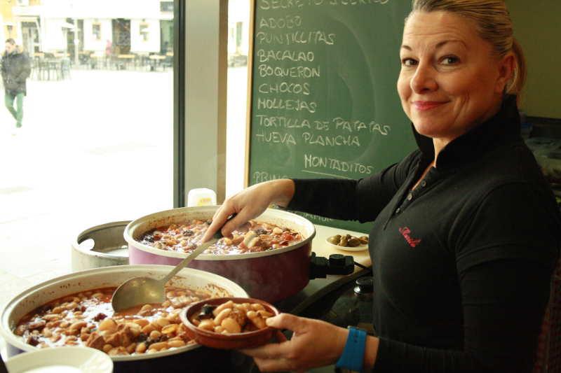 Comida casera bar encarnacion mercado de la encarnaci n for Buscar comidas caseras